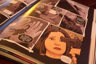 Sarah Manning entdeckt in Orphan Black ein dunkles Geheimnis