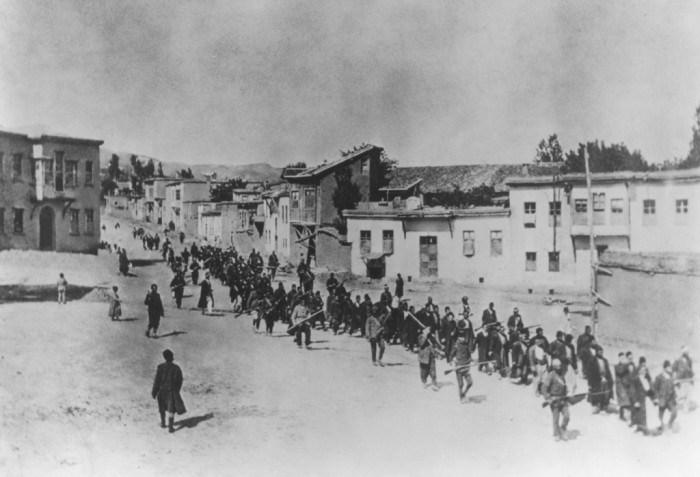 Komünar Bellek Tele-Konferansları-Ermeni Soykırımı-Hovsep Hayreni