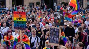 13.06.2021 – Proud to be Gay: Wie tolerant ist Deutschland?