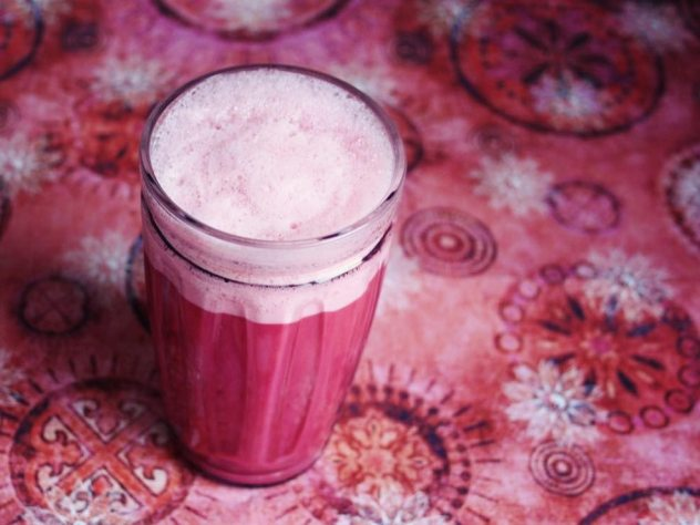 Rote Beete Latte