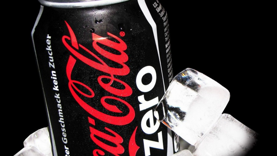 ice-coca-cola-macro-drinks-soda-ice-cubes-soda-cans-coke-zero-fresh-new-hd-wallpaper-900x506