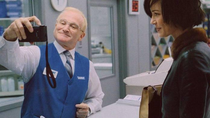 Robin Williams è l'attore protagonista di One Hour Photo, film del 2002 diretto da Mark Romanek.