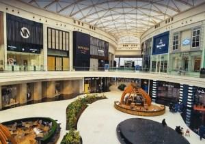 الرياض بارك الموقع المحلات المطاعم والمقاهي السينما والألعاب أوقات العمل وتقييم الزوار مولات السعودية