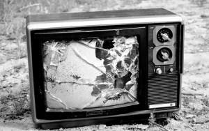 ou-a-tv-tradicional-muda-ou-acaba