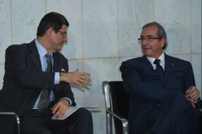 Joaquim Levy e Eduardo Cunha: a dupla dita as medidas do governo
