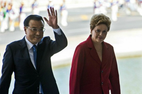 O primeiro-ministro da China Li Keqiang e a presidente Dilma Rousseff
