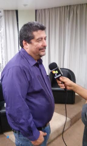A violência no México, a concentração no Chile e a revolução nas comunicações cubanas