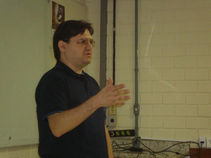 Economista Rodrigo Ávila