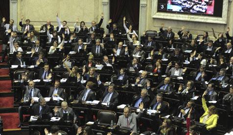 """Congresso argentino endossa """"lei monopólica de meios"""" de Macri"""
