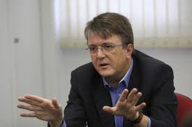 Secretário de Estado da Educação, Eduardo Deschamps