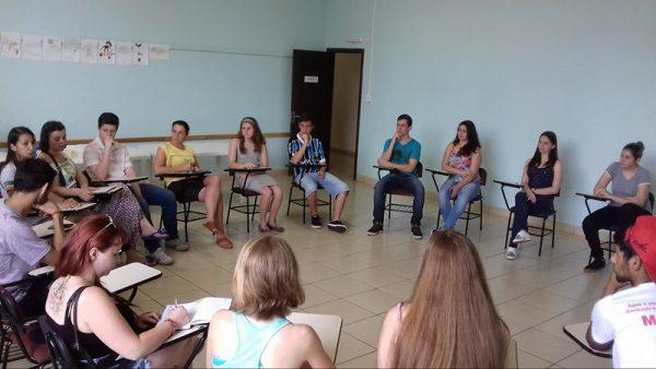 Estudantes de São Miguel do Oeste-SC organizam-se para mobilização amanhã, terça-feira