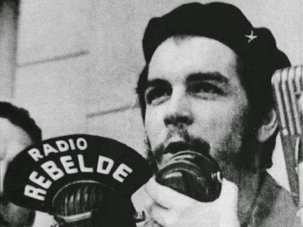 che-guevara-radio-rebelde