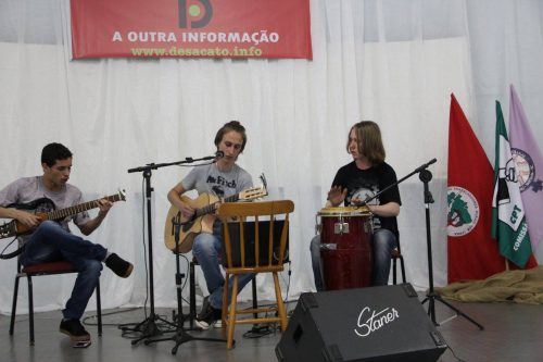 Música e Poesia, no 6º Café AntiColonial, em São Miguel do Oeste-SC