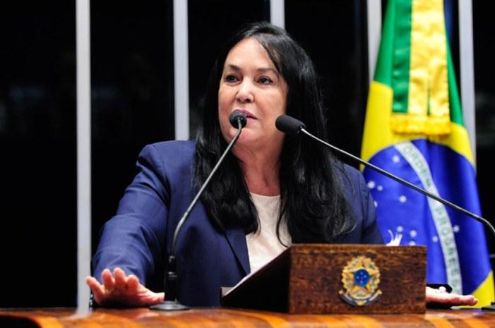 Senadora Rose de Freitas quer restringir o direito de greve dos professores