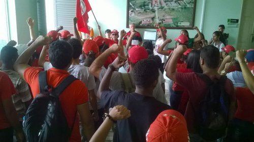 Estudantes Sem Terra ocupam diretoria do Instituto Federal em Sergipe