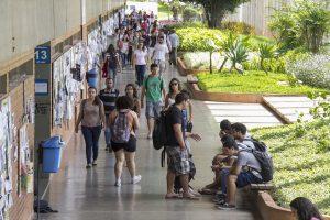 Universidades federais gratuitas podem estar com os dias contados