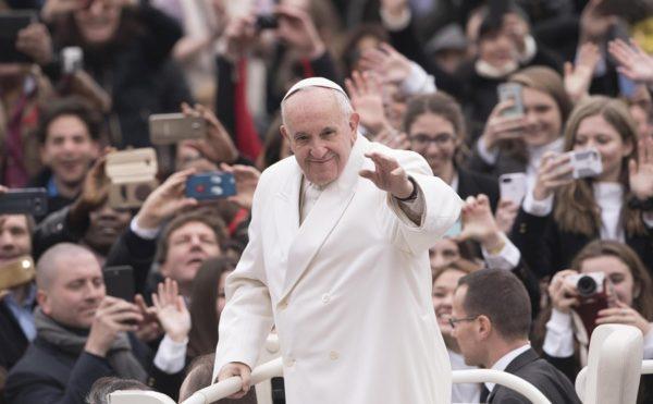 O papa Francisco manifestou críticas a membros de sua própria Igreja.   Foto: EFE/Giorgio Onorati