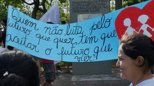 Greve geral vitoriosa reúne milhares em Florianópolis e São Miguel do Oeste