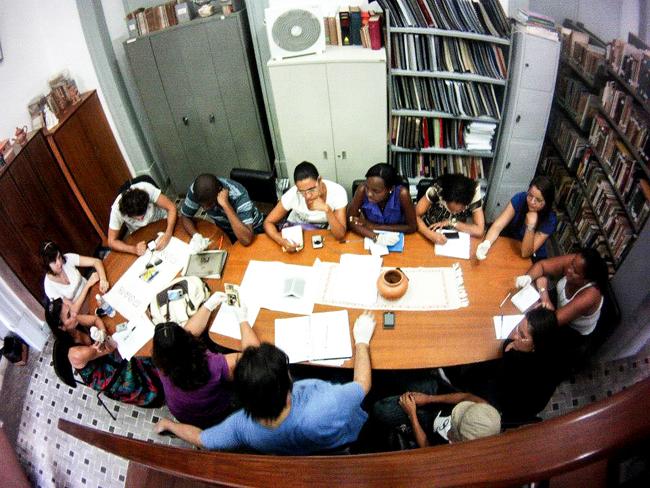 alunos-da-febf-e-equipe-do-documentario-pesquisando-proedes-2