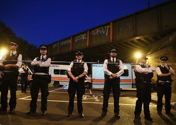 Atentado terrorista em Londres perto de uma mesquita