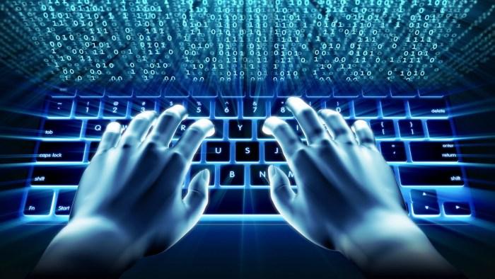 Governos utilizam 'tropas cibernéticas' para manipular redes sociais