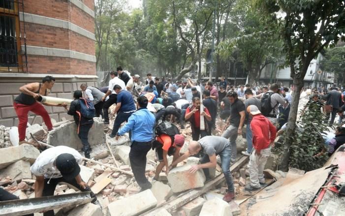 Peña Nieto anuncia ações em três etapas para reconstruir México após terremoto