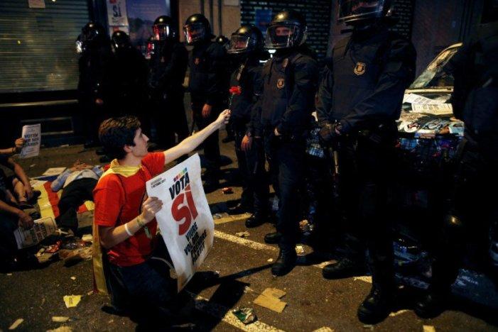 Catalães já podem saber onde votar no referendo que Madrid promete impedir