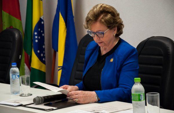 Professora Alacoque Lorenzini Erdmann é eleita reitora da UFSC