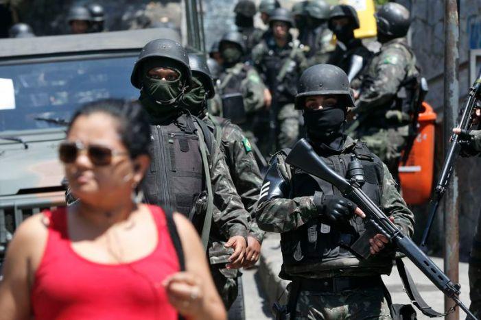 'Tiroteio faz parte da história da comunidade', diz ministro sobre Rocinha