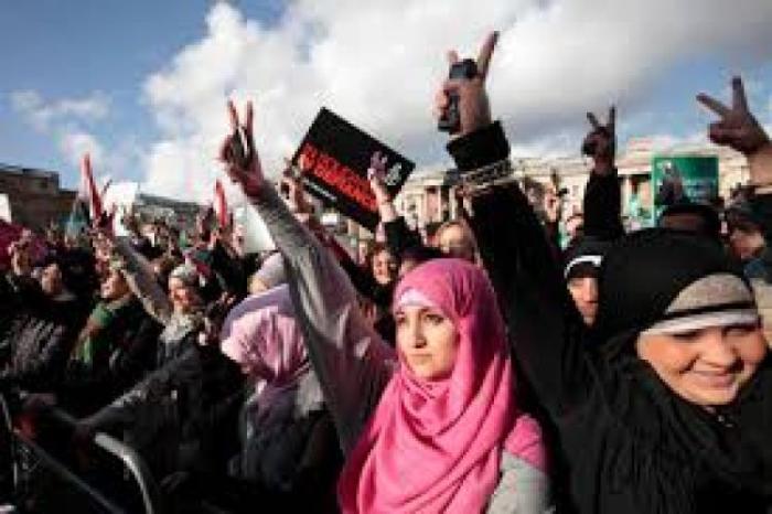Feminismo islâmico: uma consciência emergente de gênero em negociação e resistência à laicização