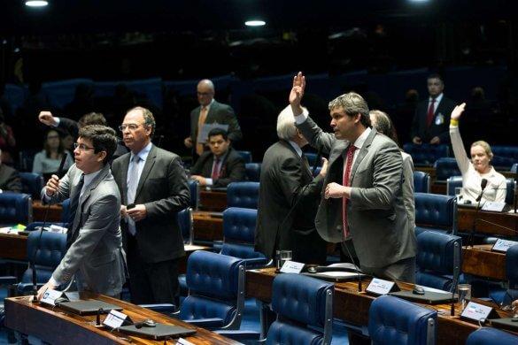 Senado aprova Refis, programa de perdão bilionário de dívidas