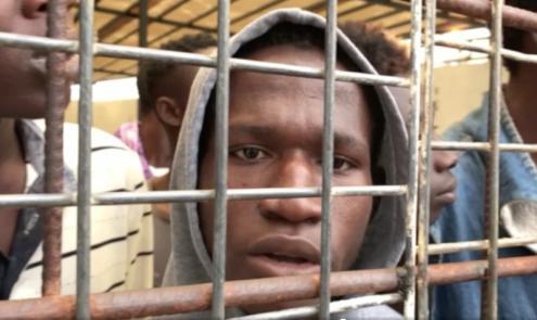 Leilões de escravos são filmados na Líbia