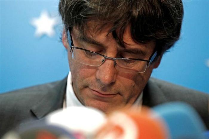 Justiça da Bélgica deixa ex-presidente catalão em liberdade, mas impõe medidas cautelares