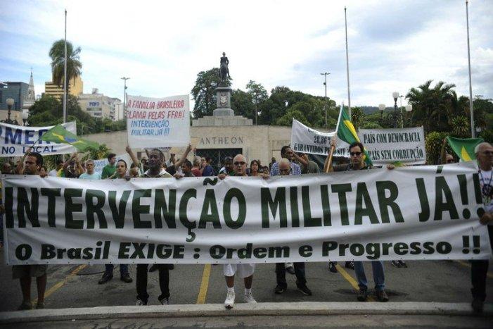 Os brasileiros têm uma percepção equivocada da realidade?