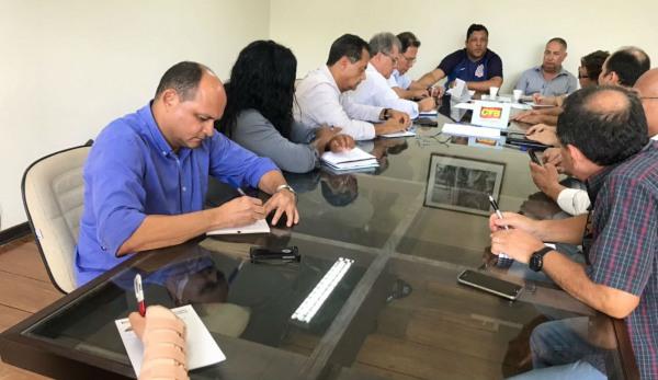 Centrais definem agenda de fevereiro contra reforma da Previdência