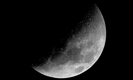 La luna en agosto II
