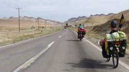 Jean-Pierre, un cyclo hollandais, nous accompagne