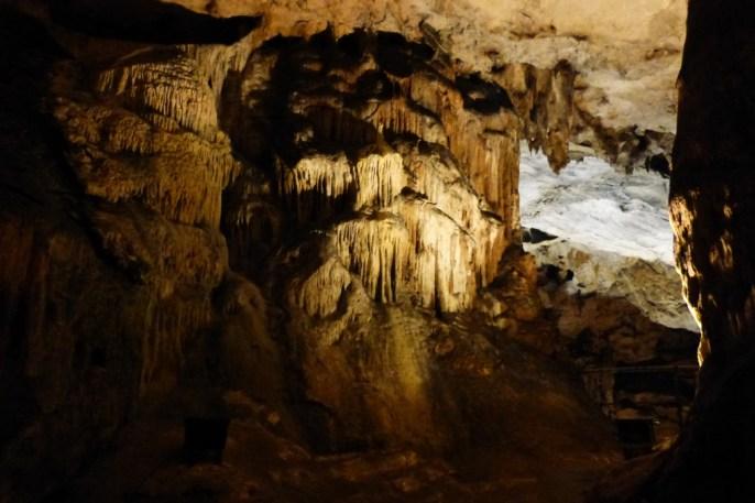 La grotte de Magura.