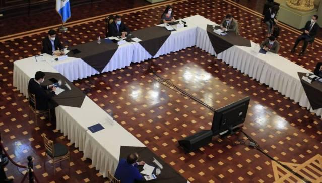 Guatemala prioriza turismo, mipymes y exportaciones