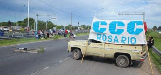 Miércoles de reclamos sociales con varios cortes de calles en la ciudad y Rosario