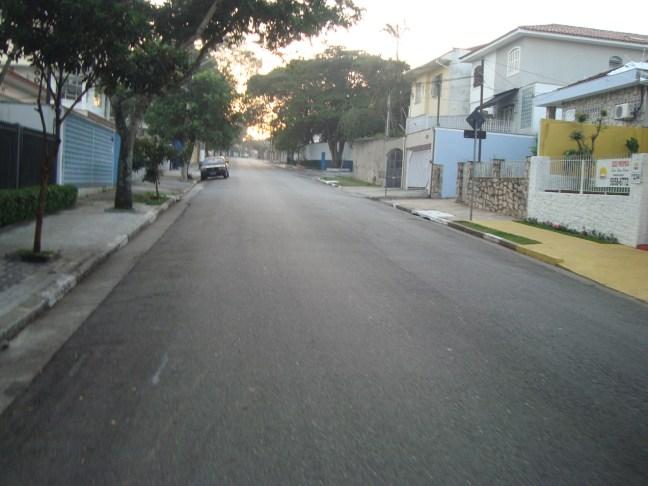 Rua General Chagas Santos anunciava um dia de muitas subidas.