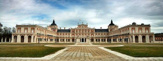 800px-palacio_real_de_aranjuez_5