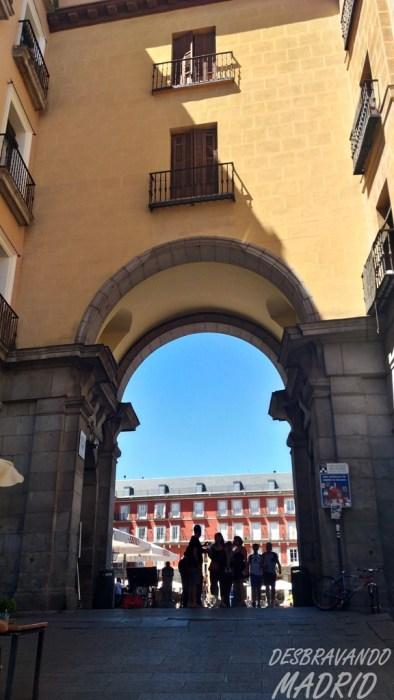 calle-toledo-plaza-mayor