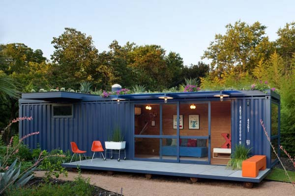 recreatiewoning met veranda van een container