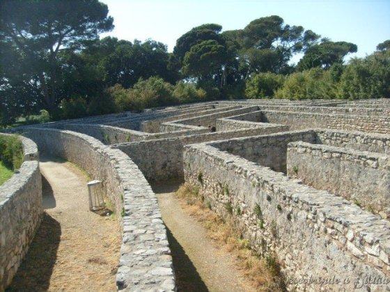 Um labirinto de verdade, de onde sair não foi nada fácil!