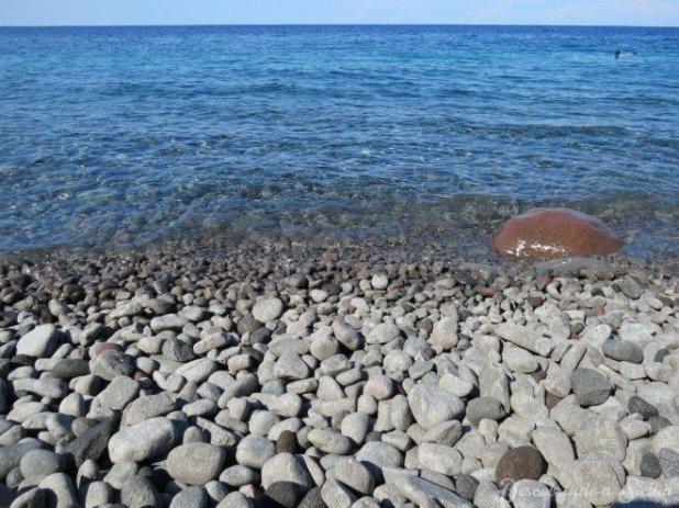 Seixos de Scario, Aconselho o uso de sapatilhas de praia.