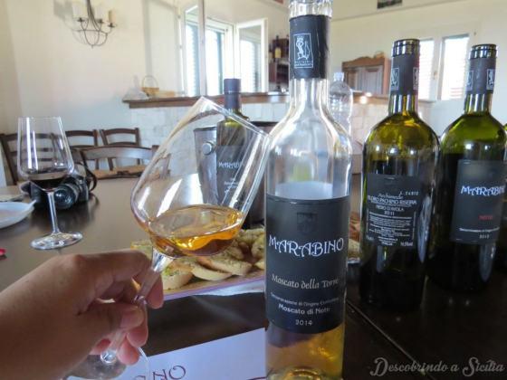 Vinho Moscato da Vinícola Marabino