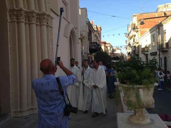 Procissão de Nossa Senhora de Fátima em Letojanni - Foto: Luana Camargo