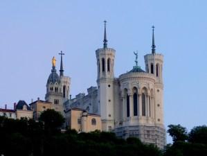 basilica 2382830 1920 - basilica-2382830_1920