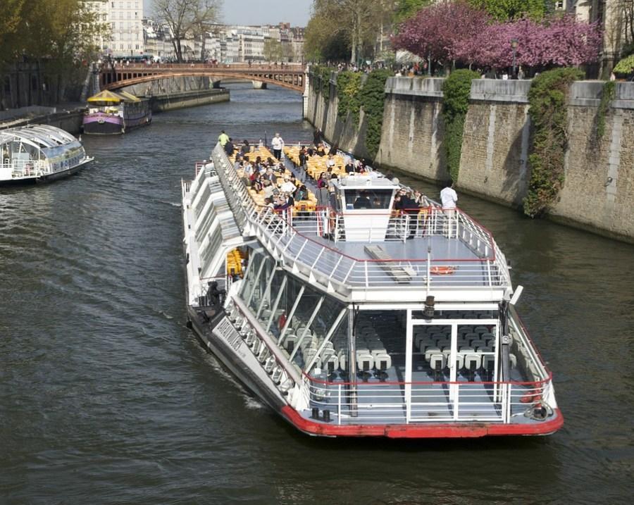 turismo para a terceira idade, Rio Sena, França